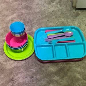 Used toddler dishes